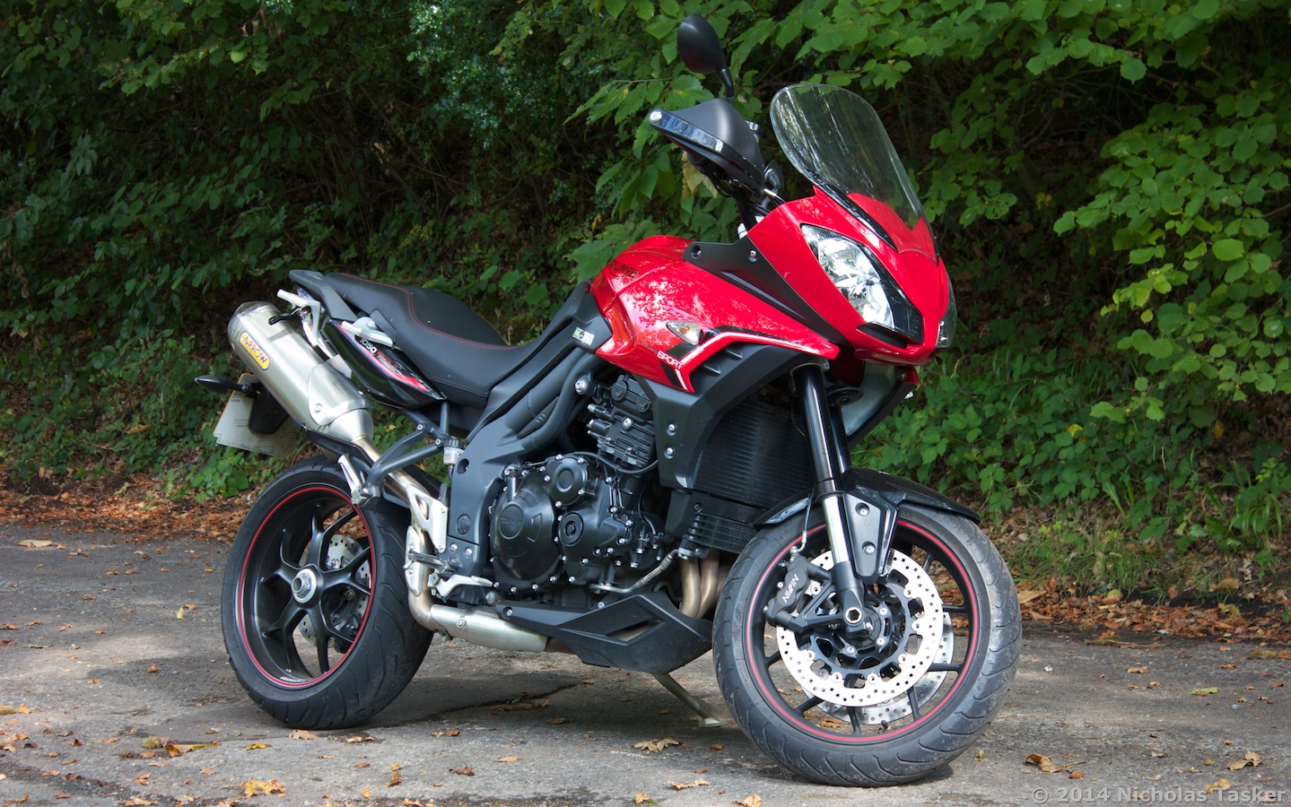 Wunderlich Navihalterung 21170 100 1 additionally Review 2014 Triumph Tiger Sport furthermore Touring Sport Scotland Honda Cbr650f together with 7648 0 6 4 tr 206 20r 20tiger 20650 Bjorn 20Svengjerde 20NORWAY in addition 3478 Sacoches interieures EVO pour coffres set. on triumph tiger 650
