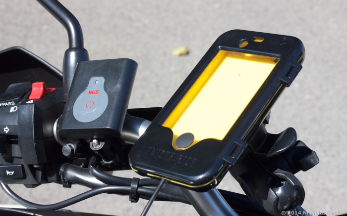 Keis Heated Vest Controller & Twisty Ride iPhone Mount