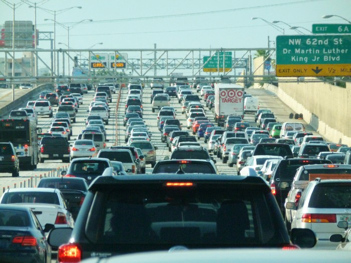 miami_traffic_jam_i-95_north_rush_hour