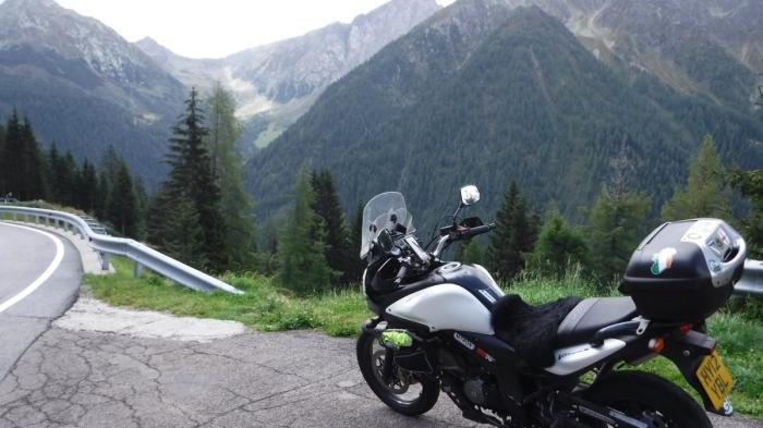 V-Strom Alps