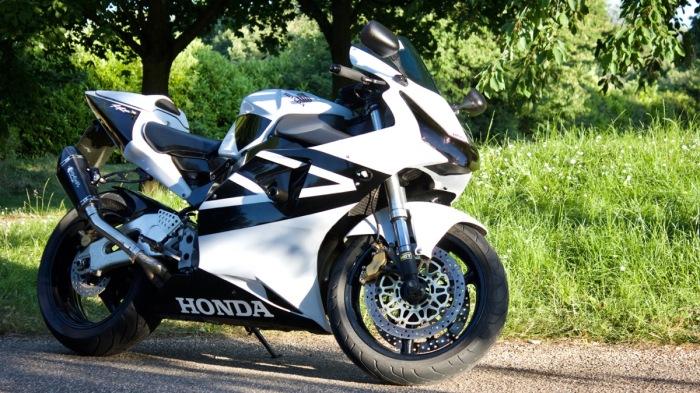Honda CBR954 Fireblade
