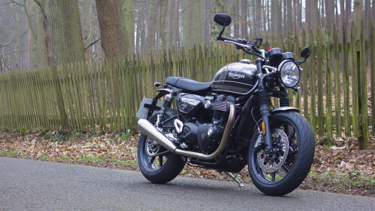 Review 2019 Triumph Bonneville T120 Speed Twin Boy Meets Bike